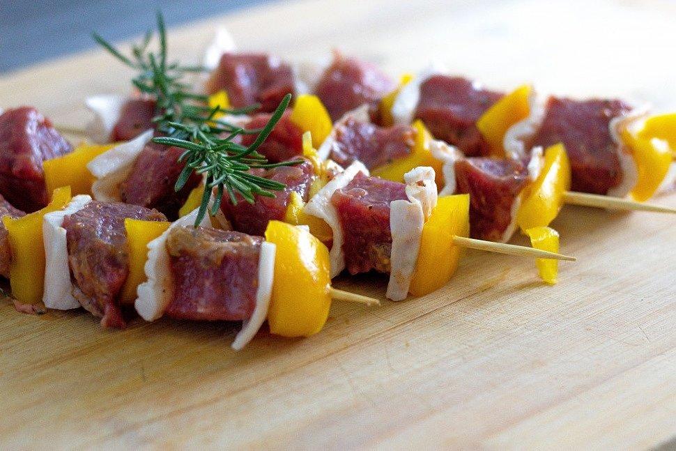 Маринованное мясо для шашлыка. Традиционные и оригинальные рецепты